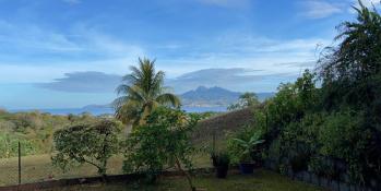 Trois Ilets : Grand T2 meublé avec jardin à louer